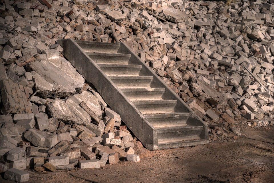 betontörés speciális gépekkel